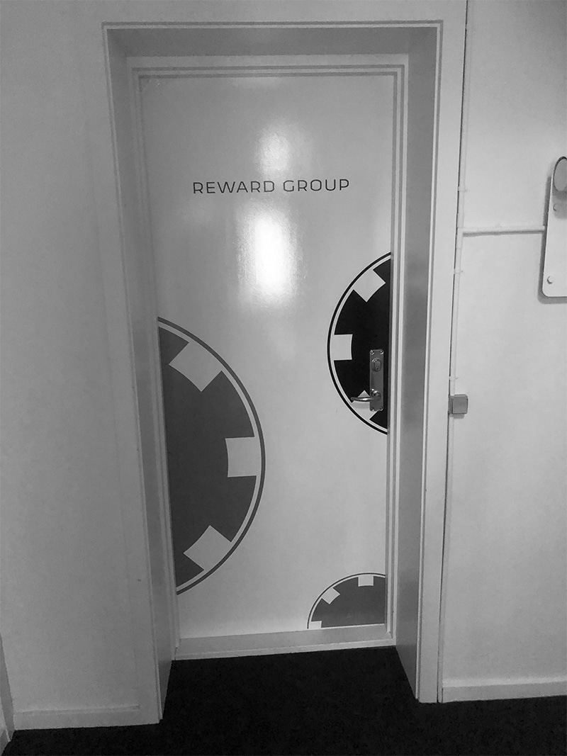 reward-group-door